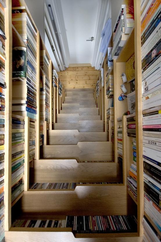 Лестница с чердака - вид сверху