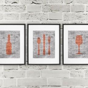 картины столовые приборы на стене