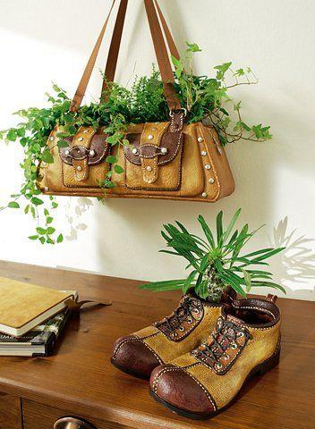 кашпо из сумки и обуви