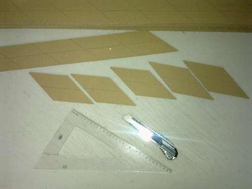 вырезание деталей ширмы из картона