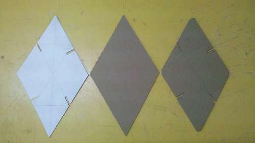вырезание деталей A из картона