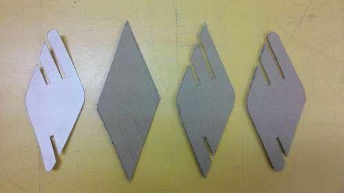 вырезание деталей D из картона