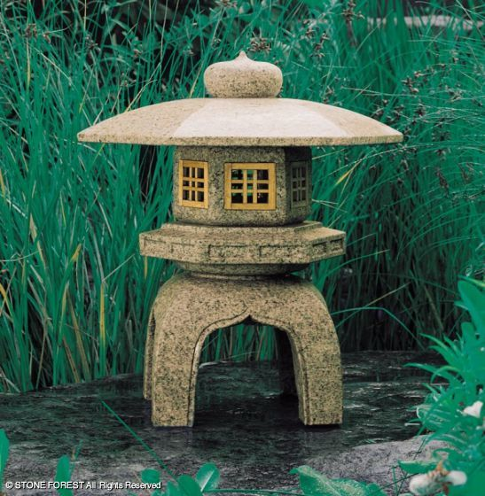 японский каменный фонарь Yukimi-gata