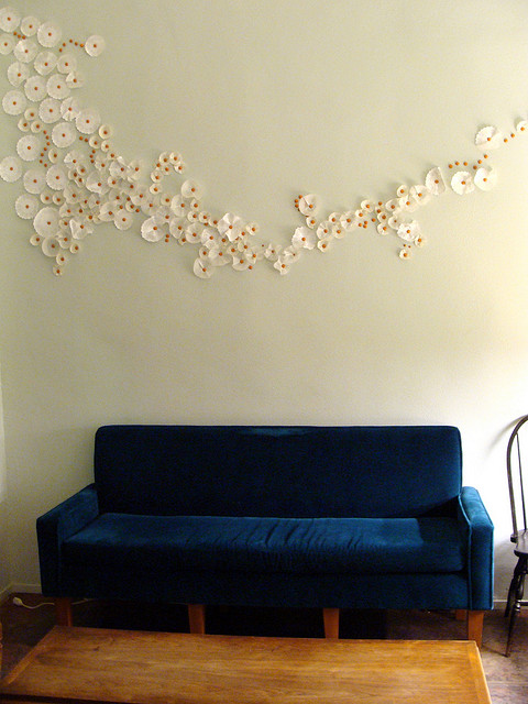 Декор стен комнаты своими руками