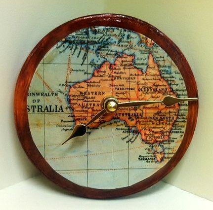 часы с картой Австралии