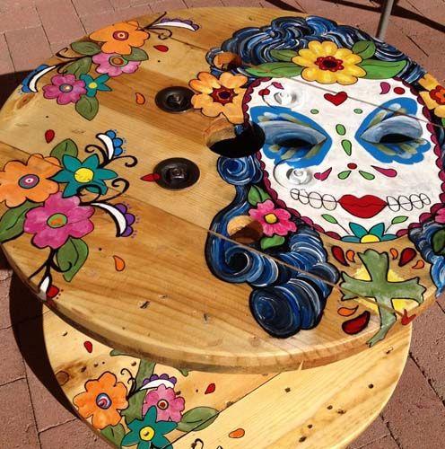 круглый стол из катушки своими руками