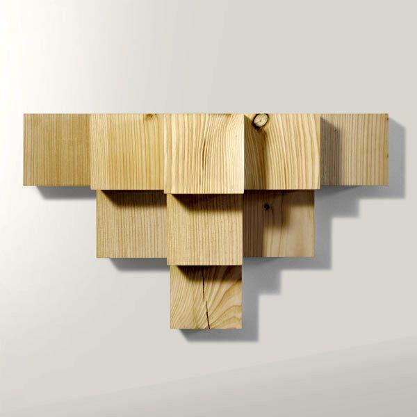 полка из деревянных кубиков