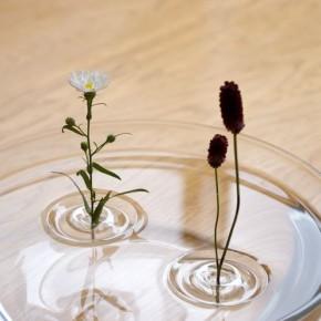 Оригинальные вазочки в виде кругов на воде