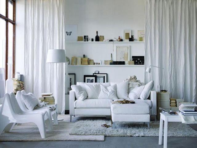 скандинавский белый интерьер гостиной