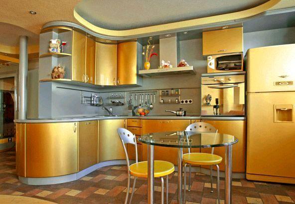 интерьер кухни в золотом цвете