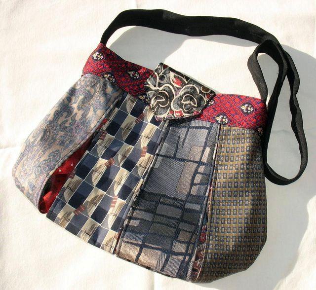 женская сумочка из галстуков