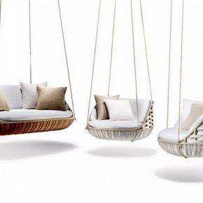 Подвесные кресла и диван для гостиной на свежем воздухе