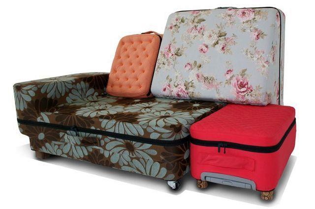 набор чемоданов от Nieu Weheren, которые складываются в диван