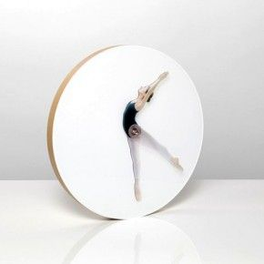 Танцующее время: балерина на часах