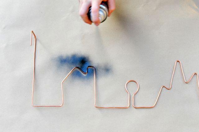 окраска медной вешалки из провода