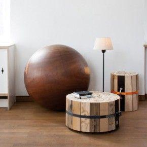 Журнальные столики из переработанных деревянных досок от Oliver Conrad