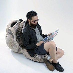 Откройте пошире: кресло в виде черепа