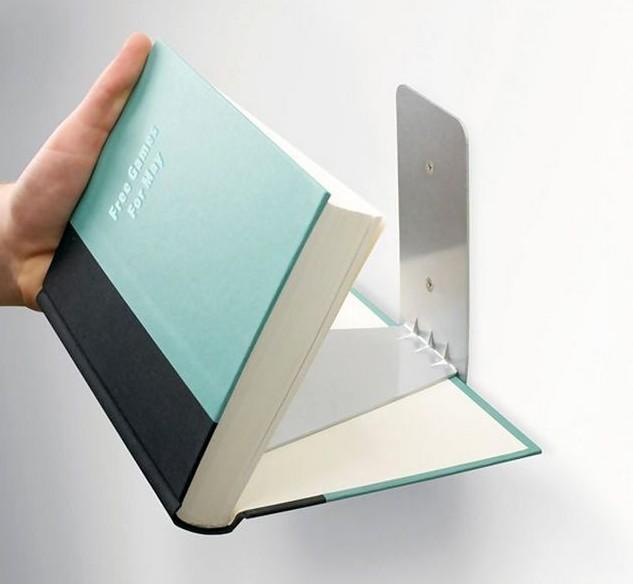 книжные полки из книг
