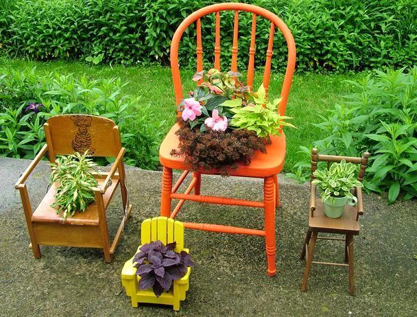 подставки для цветов из старых стульев