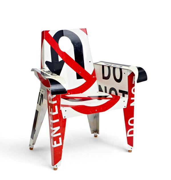 мебель из дорожных знаков Boris Bally