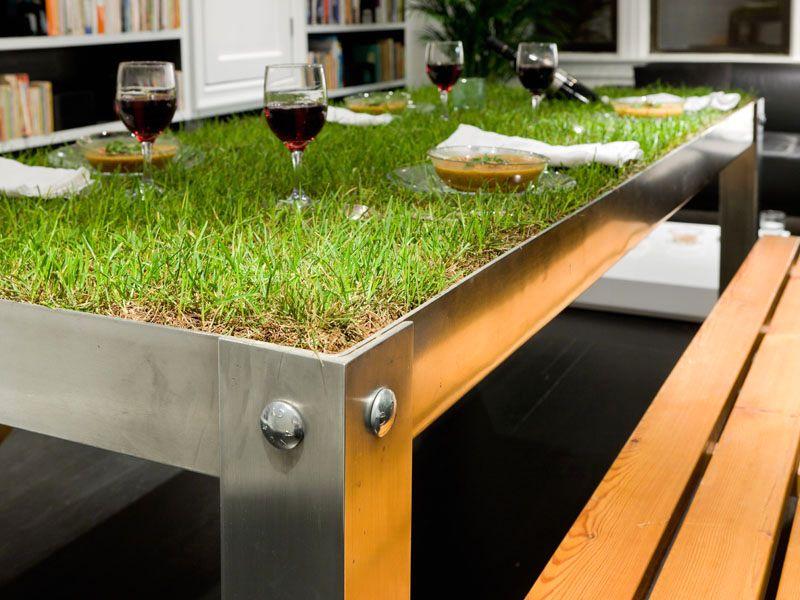 стол с травой picnyc