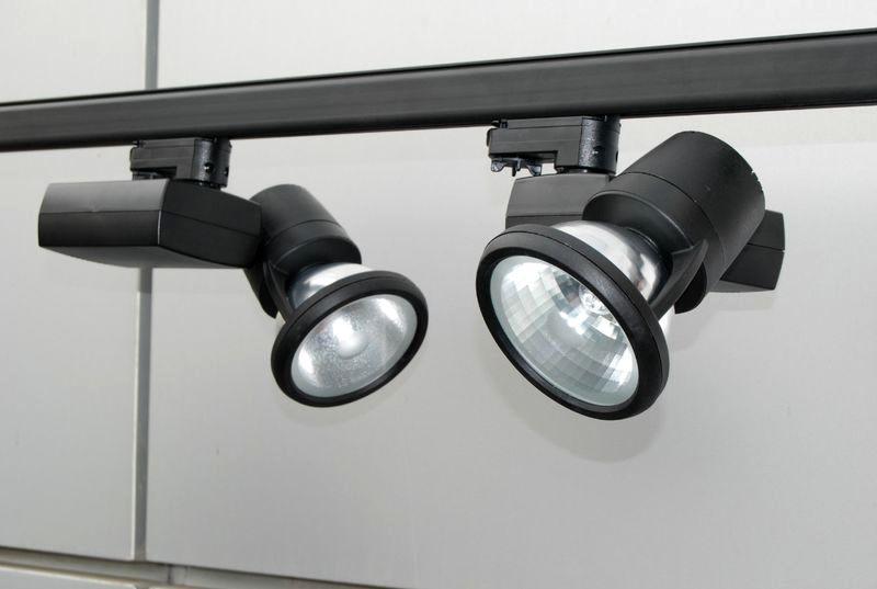 трековые светильники - детали