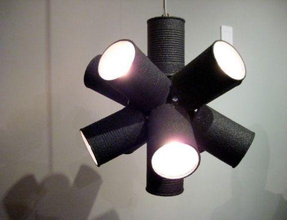 светильник из жестяных банок
