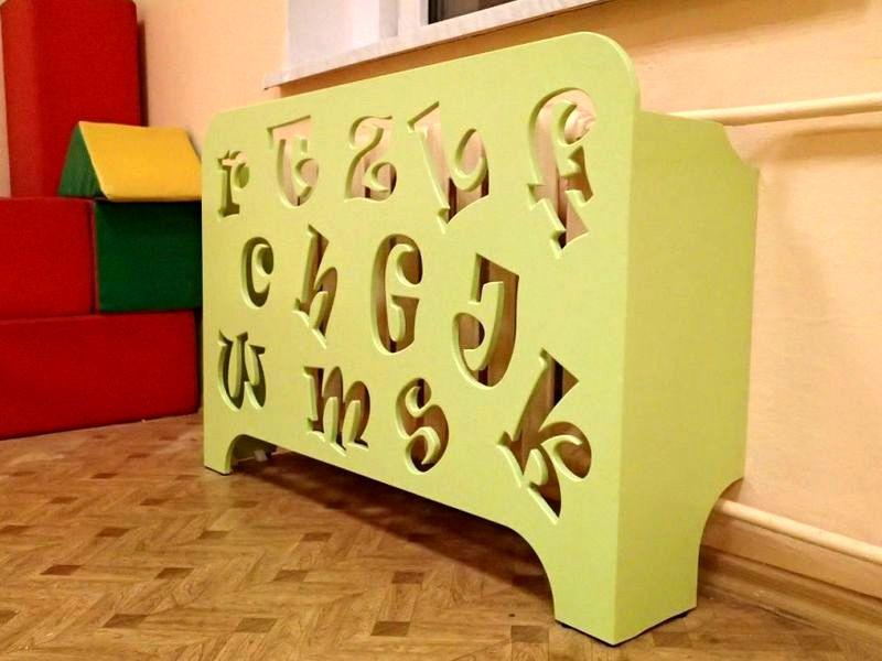 деревянный экран для радиаторав детскую комнату