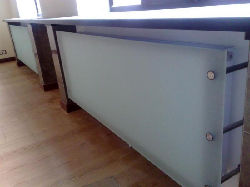 стеклянные экраны для батарей отопления