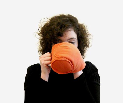 чашка с чехлом pourtasse в действии