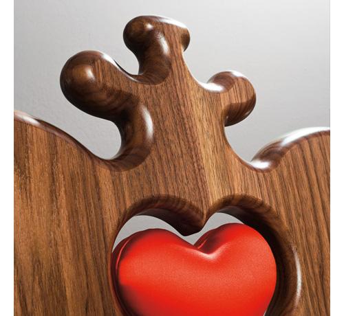 сердце - центральная тема стульев mon amour