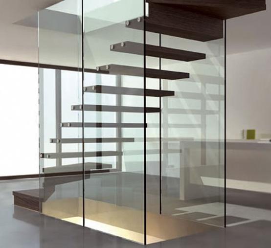 стекло и дерево - плавающая лестница