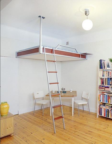 кровать - чердак с креплением к стене и потолку