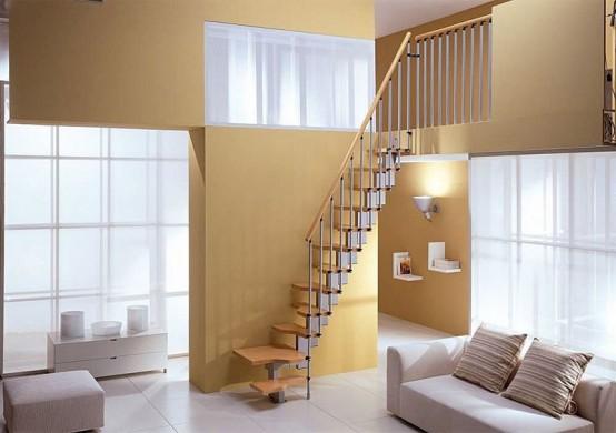 компактная лестница с маленькими эргономичными ступеньками