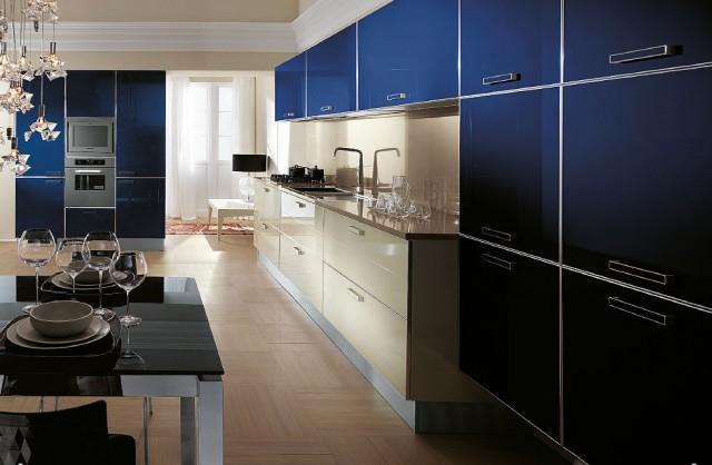 синий интерьер кухни Crystal, Scavolini