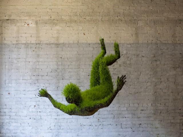 зеленая скульптура, Mathilde Roussel-Giraudy
