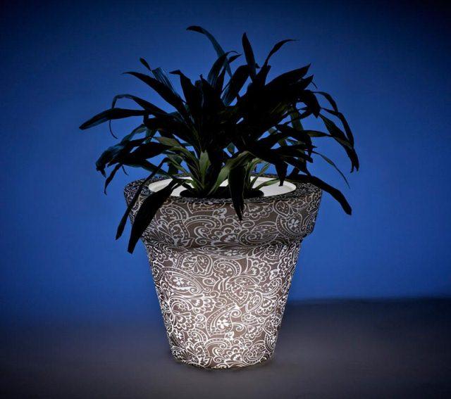 светящийся горшок для комнатных растений