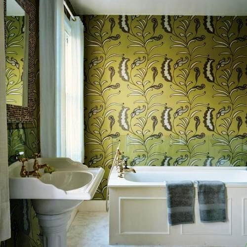 bathroom-with-wallpaper-23