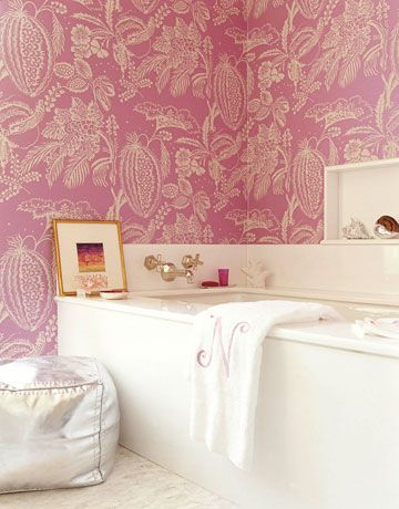 bathroom-with-wallpaper-33