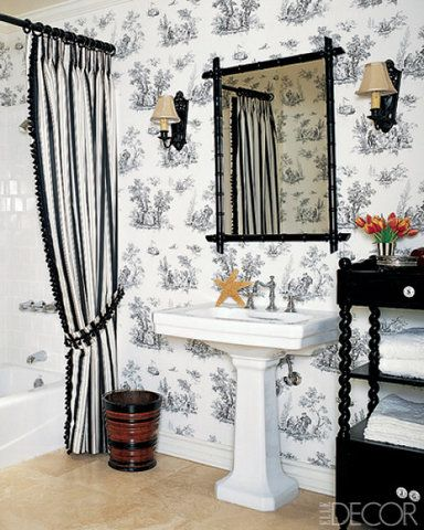 bathroom-with-wallpaper-40