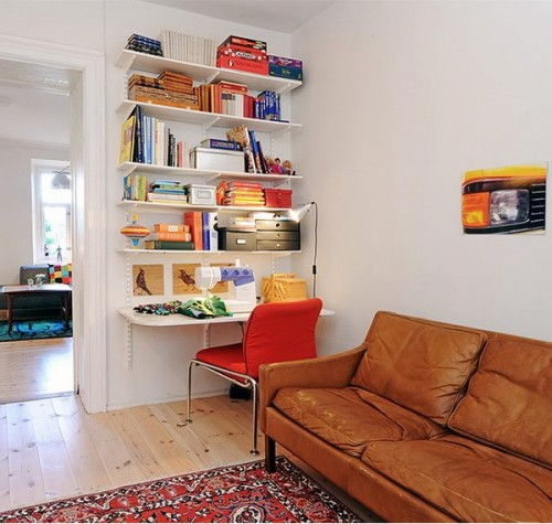 compact-home-offices-in-small-apartments-05