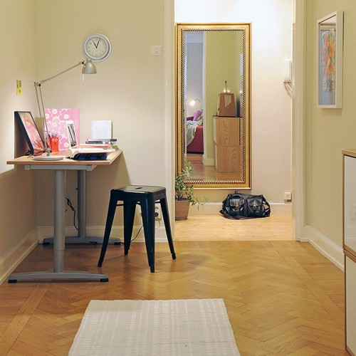 compact-home-offices-in-small-apartments-13