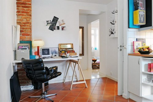 compact-home-offices-in-small-apartments-30