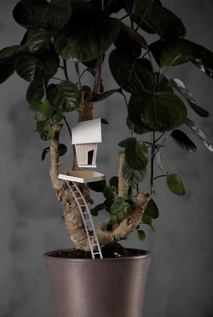 декор цветочных горшков домиками из бумаги