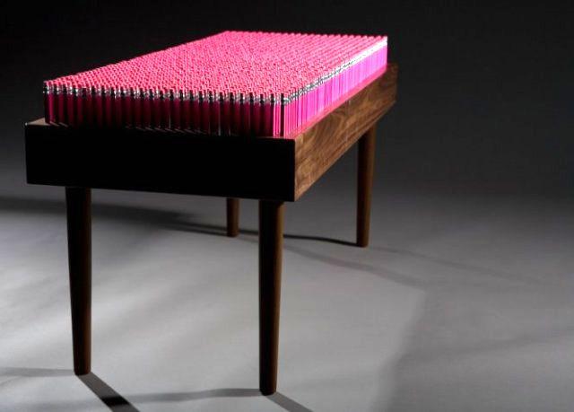 скамейка из карандашей boex
