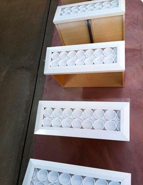 декор мебели из пластиковых труб