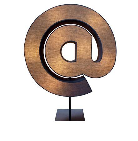 лампы в виде букв