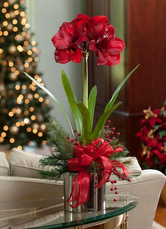 новогодний декор живыми цветами