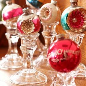 шарики как новогодний декор интьерьера