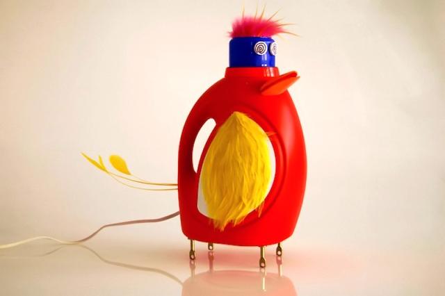 светильник из пластиковой бутылки в виде утки